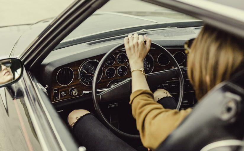 Est-ce qu'une femme enceinte peut conduire une voiture ?